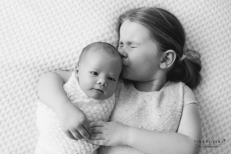 FAMILY PHOTOGRAPHY COLCHESTER AND SOUTHEND | SISTERS