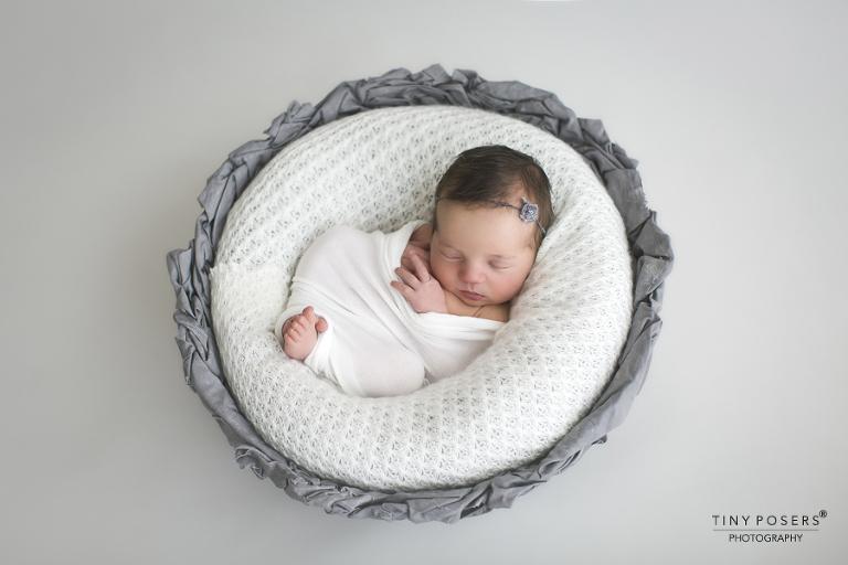Newborn posing workshop uk