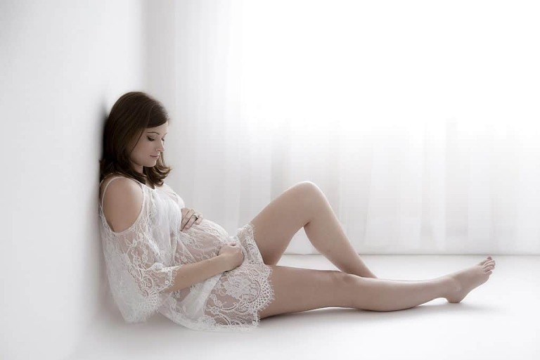 Getting a good night's sleep when pregnant Tiny Posers pregnancy blog