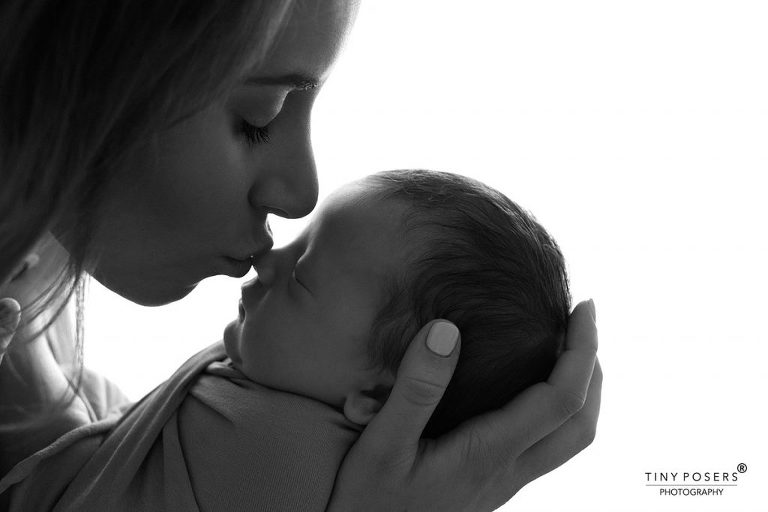 BABY PHOTOGRAPHY, CHELMSFORD, ESSEX | LOVE AND KISSES